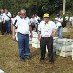 Como sempre a Delegação da APACAME chegou antes de todos na Visita Técnica. Radamés Zovaro e João Sobenko, com boné amarelo, se prepararam para a visita.