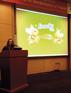 A farmacêutica e diretora da Essenciale, Nívia Alcici, atuou como moderadora e apresentadora no workshop.