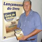 """2008 – Lançamento do livro """"Cera de Abelha – Beneficiamento, Produção e Utilização"""" – Autor - Radamés Zovaro."""
