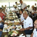 Delegação da APACAME vista num restaurante típico coreano em Paju, próximo à fronteira da Coreia do Norte onde houve visita técnica.