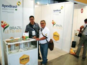 Uma visita ao Estande da ABEMEL, junto com o Prof. Dr. Darcet Souza Costa.