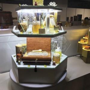 Foto 12 – Embalagens de mel submetidas ao concurso da Apimondia.